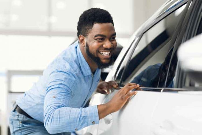 A Women's Guide to Buying a New Car
