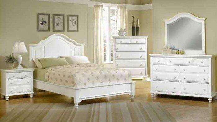 Five Ways to Keep White Furniture Clean